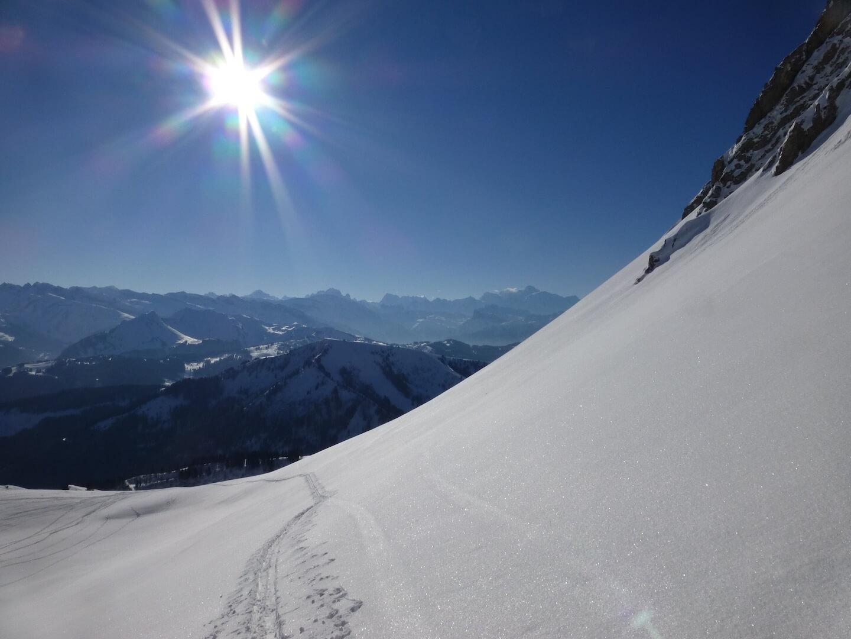 Le col rati en traversée - à la découverte du ski de randonnée