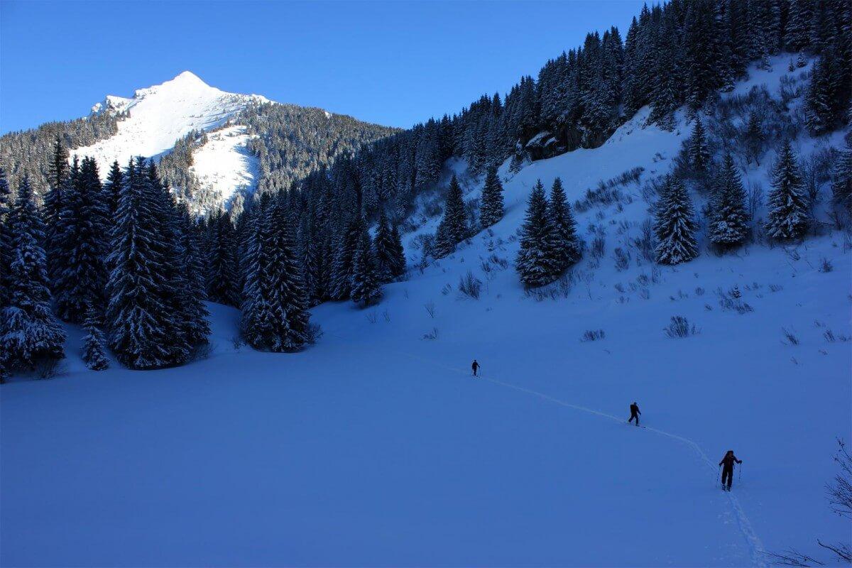 ski touring Morzine
