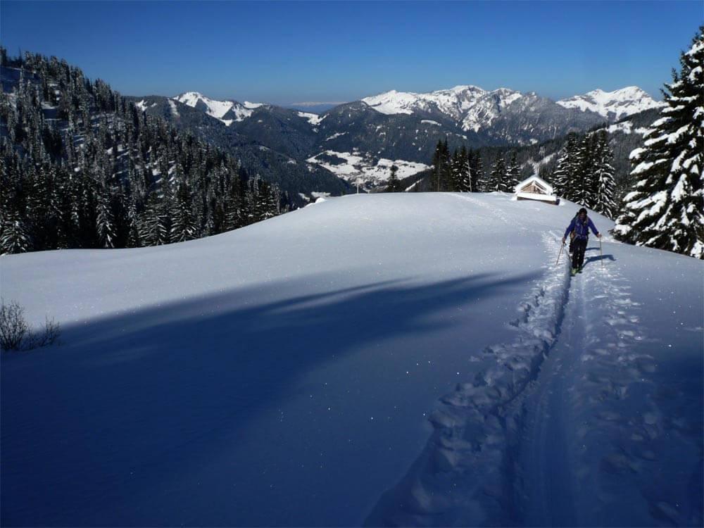 ski de rando au pic de la corne