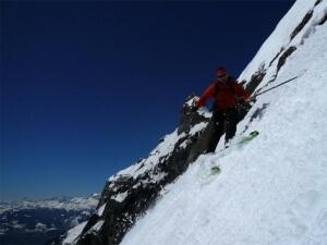 raid à ski à travers les hautes alpes calcaire