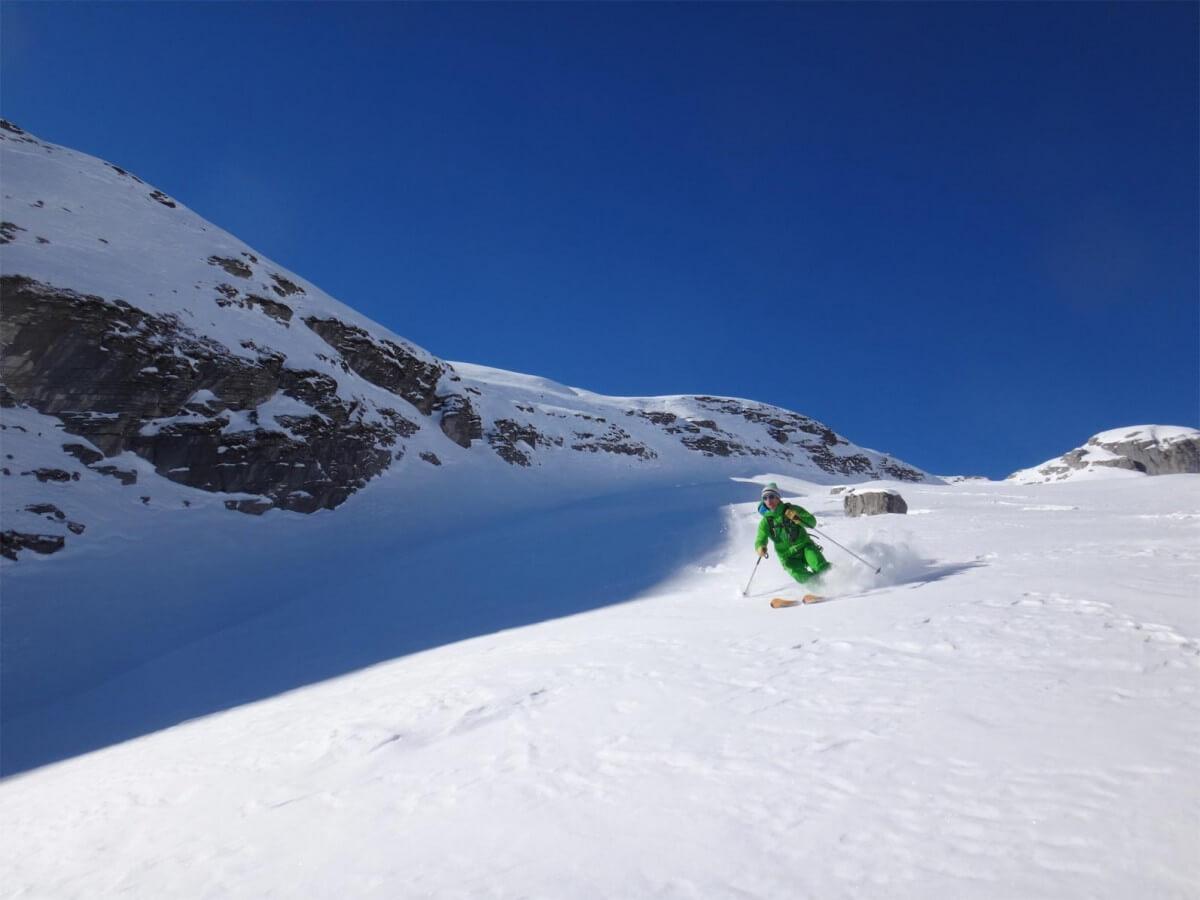 ski de rando à la combe d'embovie